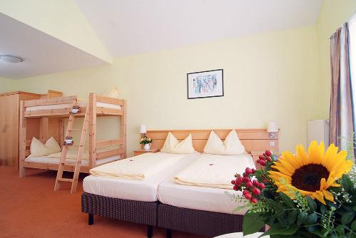 hotel nummerhof wohnen auf zeit. Black Bedroom Furniture Sets. Home Design Ideas